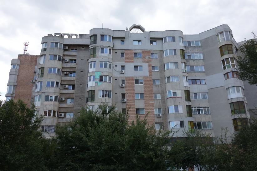 Gamla kommunistbostäder jag passaerade på vägen in till centrala Constanţa.