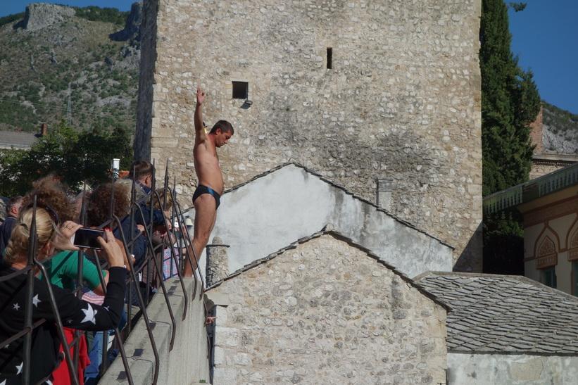 Dags att hoppa från bron, Mostar.