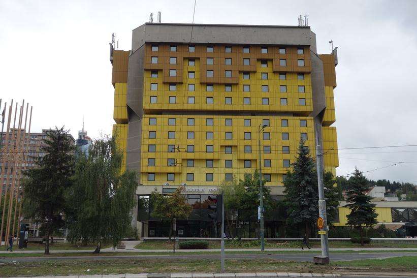 Holiday Inn längs sniper alley där journalisterna som bevakade kriget bodde, Sarajevo.
