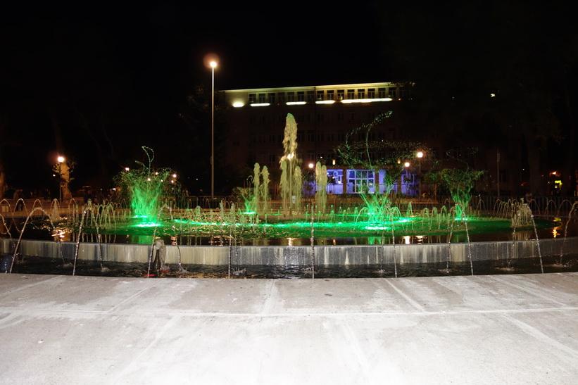 Den vackra fontänen i centrala Varna.3