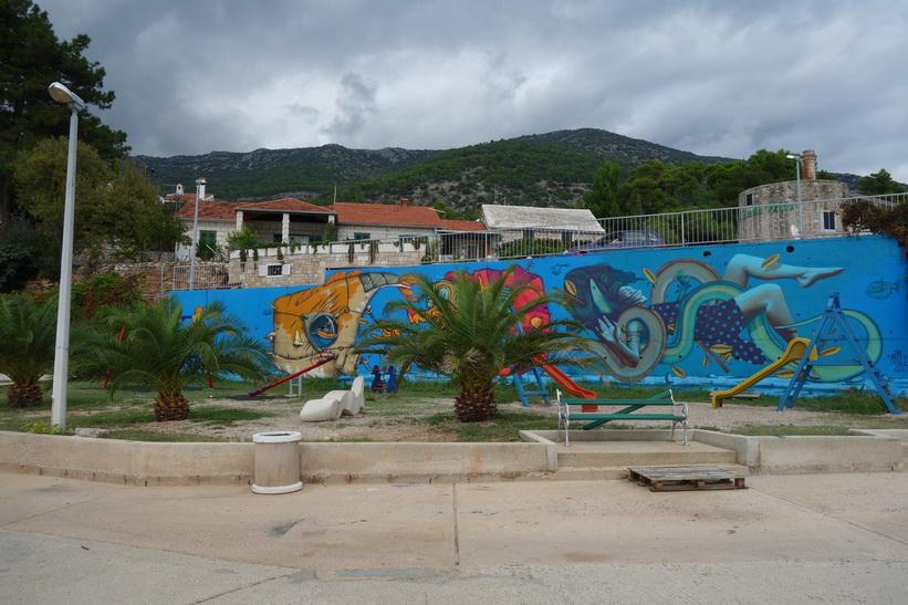 Graffiti i östra delen av Bol.