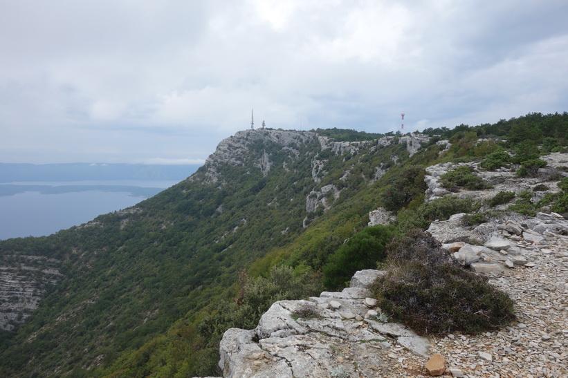 Toppen av Vidova Gora i sikte.