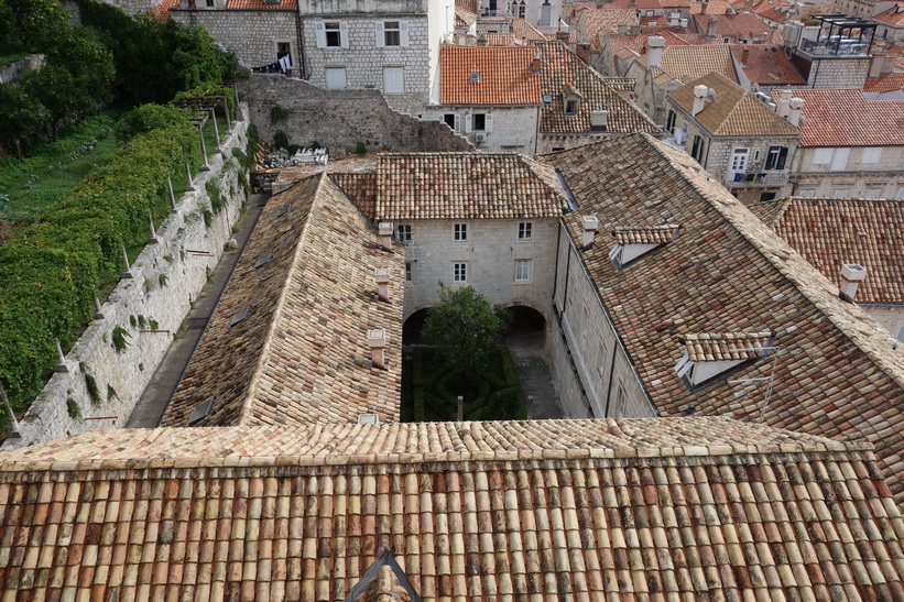 Promenaden på ringmuren i Dubrovnik.
