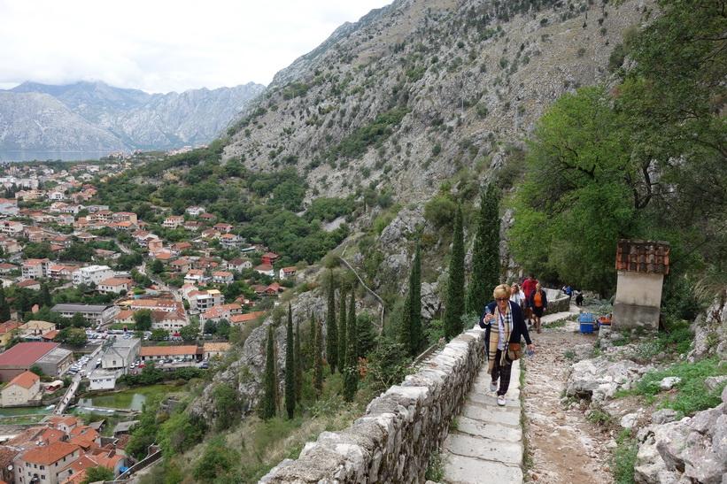 På väg uppför St John's mountain, Kotor.