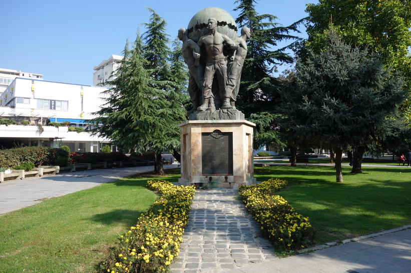Monument i centrala Skopje.