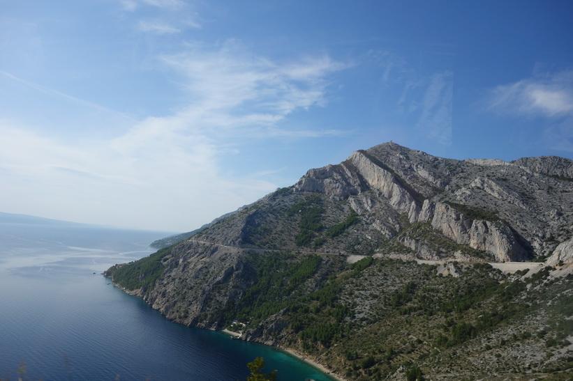 Kusten längs Dalmatien i Kroatien är sagolikt vacker.