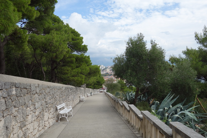 På väg upp till Telegrin, 178 meter över havet, Split.