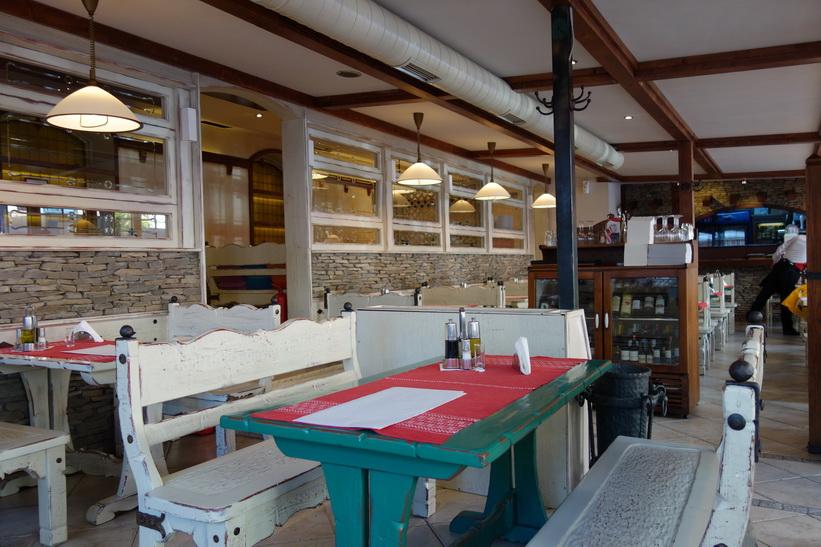 Era Restorant Piceri i stadsdelen Blloku. Min favoritrestaurang i Tirana.