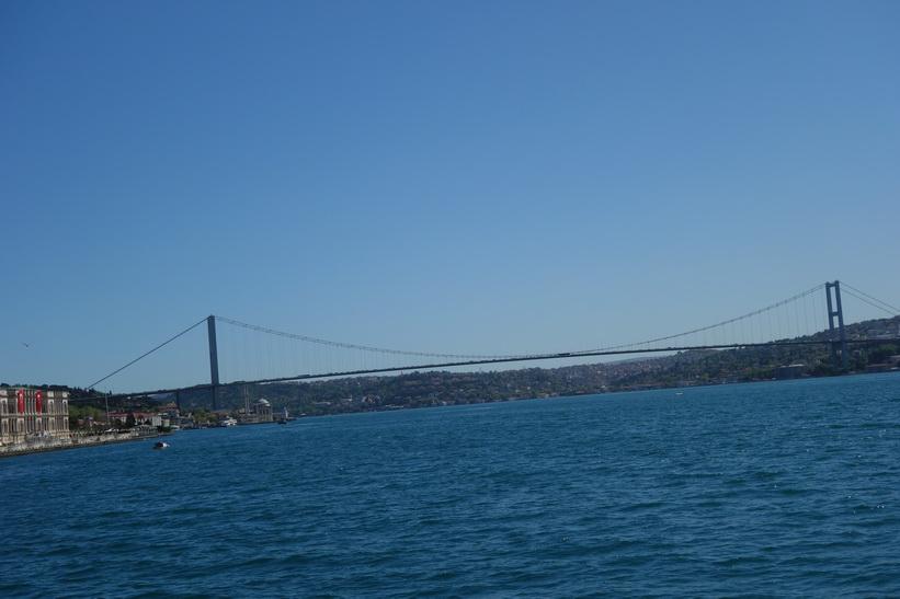 Boğaziçi Köprüsü (Bosporenbron), Istanbul.
