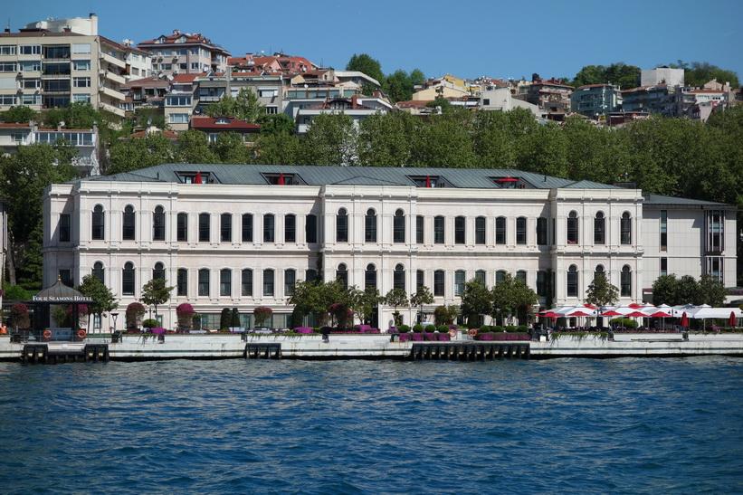 Four Seasons Hotel Istanbul At The Bosphorus, Bosporen-turen, Istanbul.