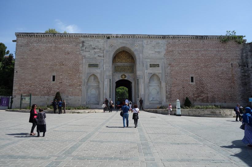 Entrén (Imperial Gate) till Topkapi Palace, Istanbul.