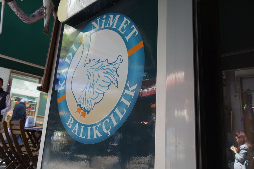Den fantastiska fiskrestaurangen Kadı Nimet Balıkçılık, Kadiköy, Istanbul.