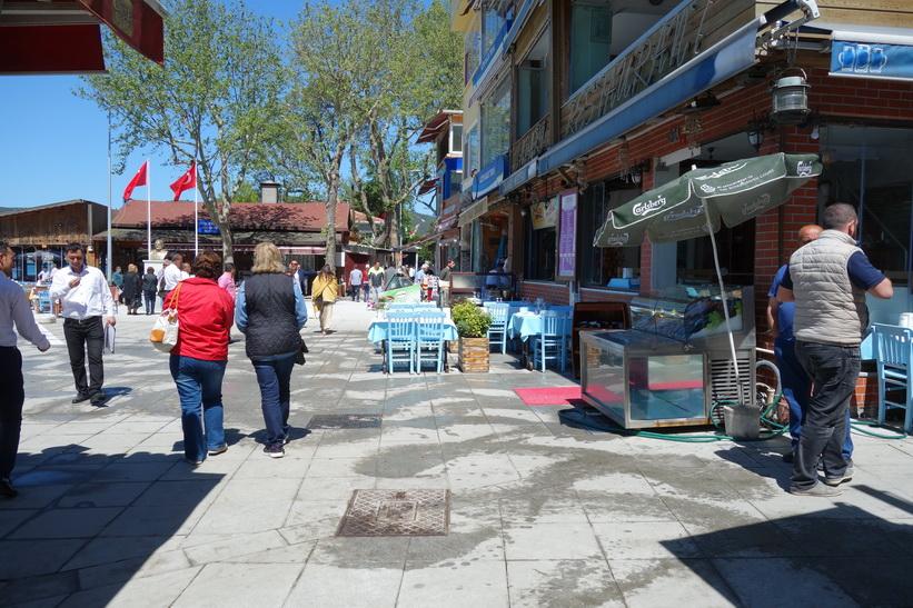 Gatuscen i lilla Anadolu Kavağı, Istanbul.
