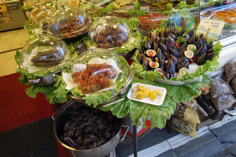 Delikatessaffär i centrala Kadiköy, Istanbul.