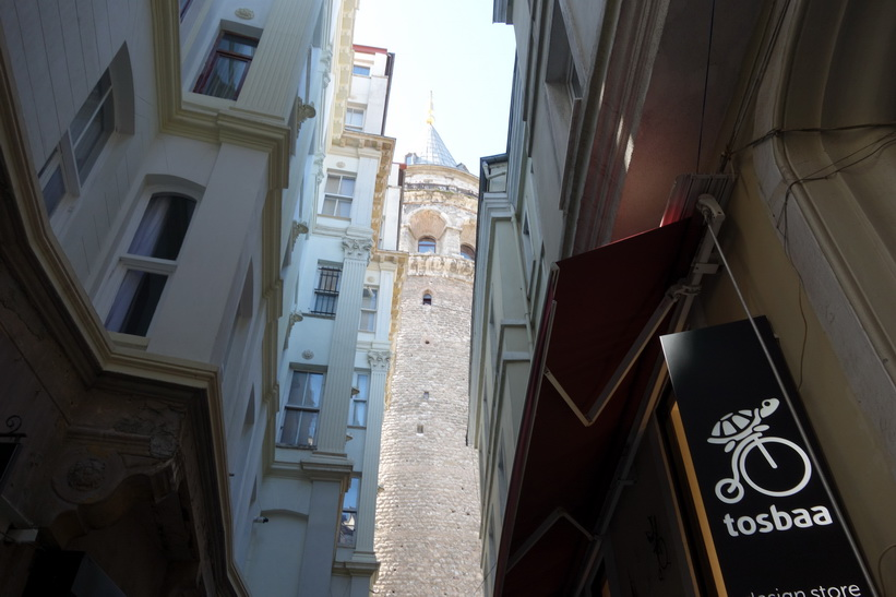 Promenad upp till Galata Tower, Beyoğlu, Istanbul.
