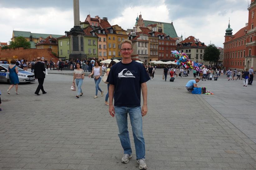 Stefan på Castle Square, gamla staden i Warszawa.
