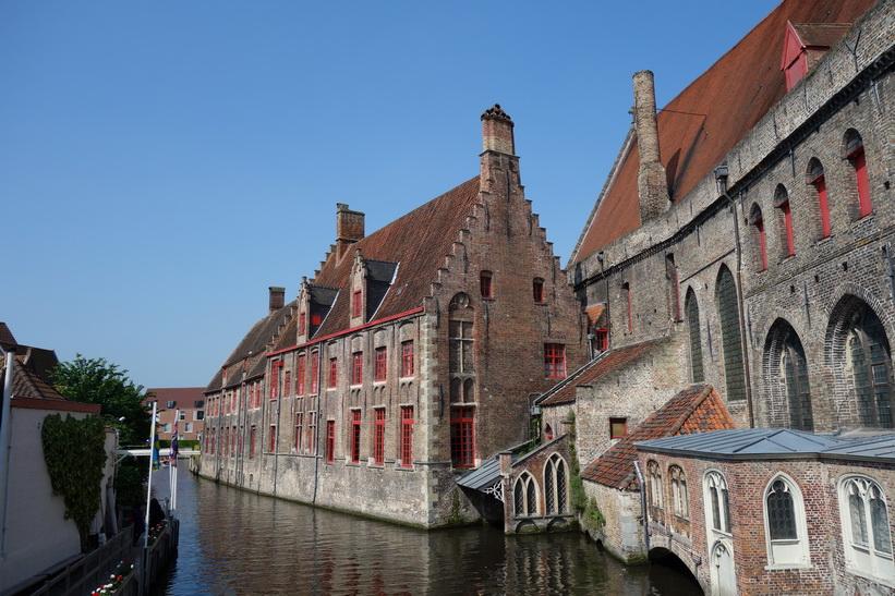 En av de centrala kanalerna i vackra Brygge.