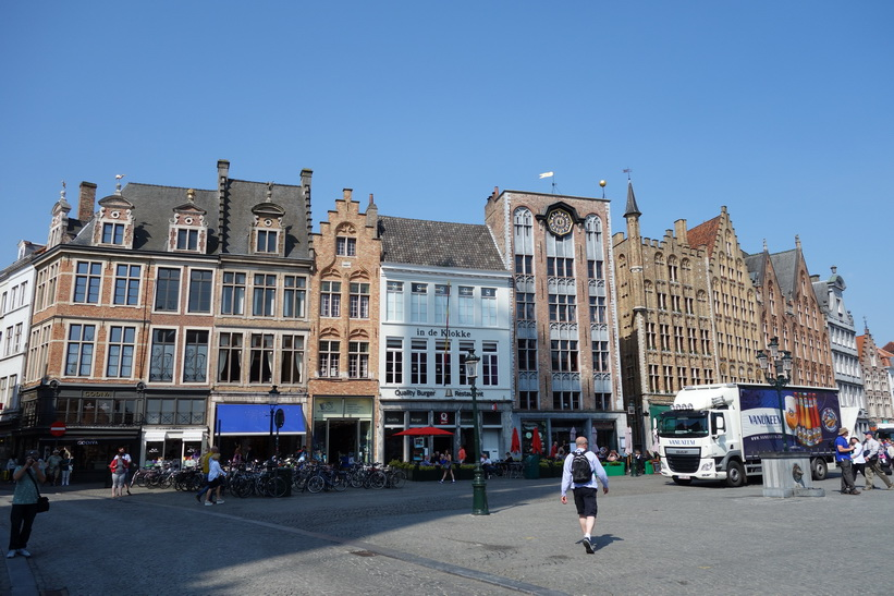 Stora torget Markt i centrala Brygge.
