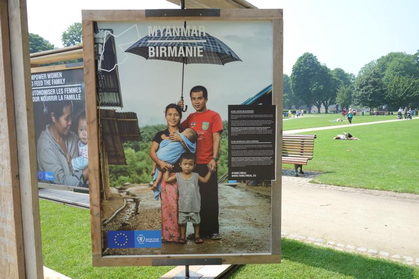 Utställning om vad World Food Programme gör för att minska nöden i världen, Parc du Cinquantenaire (Jubelpark), EU-området, Bryssel.