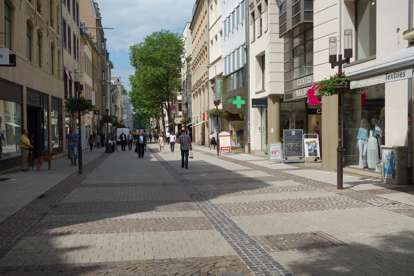 Grand-Rue, gågatan i Luxemburg city.
