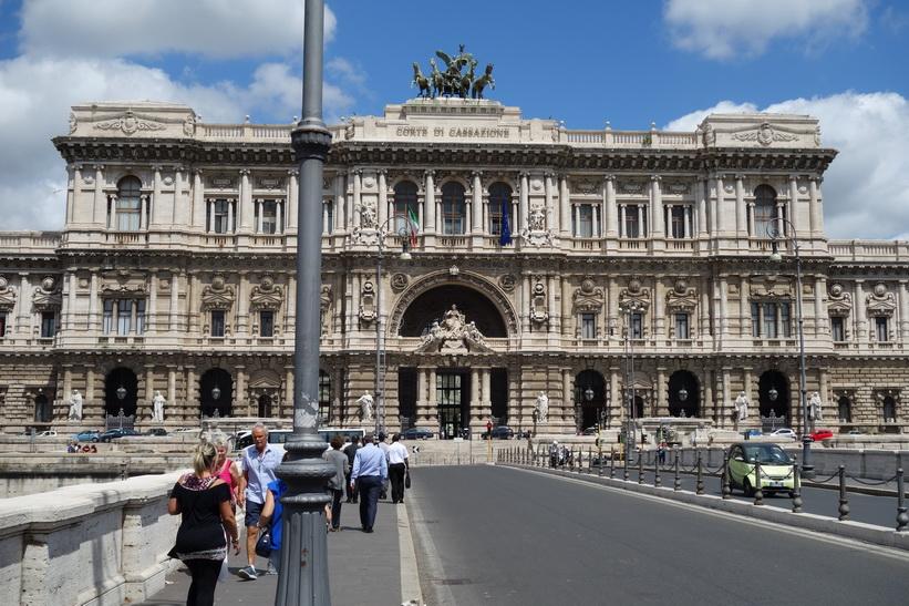 Corte Suprema di Cassazione, Rom.