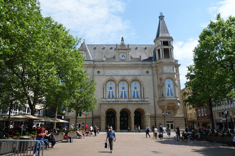 Cerce Municipal, Place d'Armes, Luxemburg city.