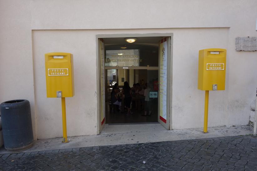 Poste Vaticane, Petersplatsen, Vatikanstaten, Rom.