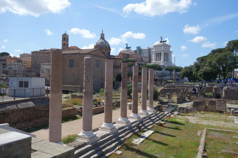 Det antika torget Forum Romanum, Rom.