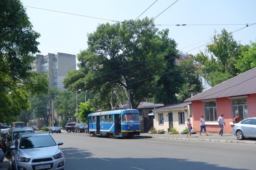 Spårvagn i centrala Odessa.