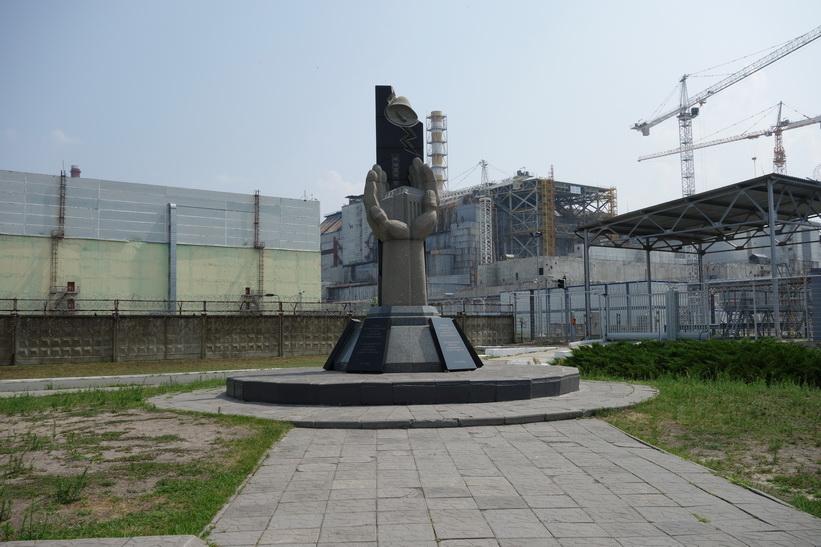 Monumentet för Tjernobyl-katastrofen upprättat år 2006, Tjernobyl.