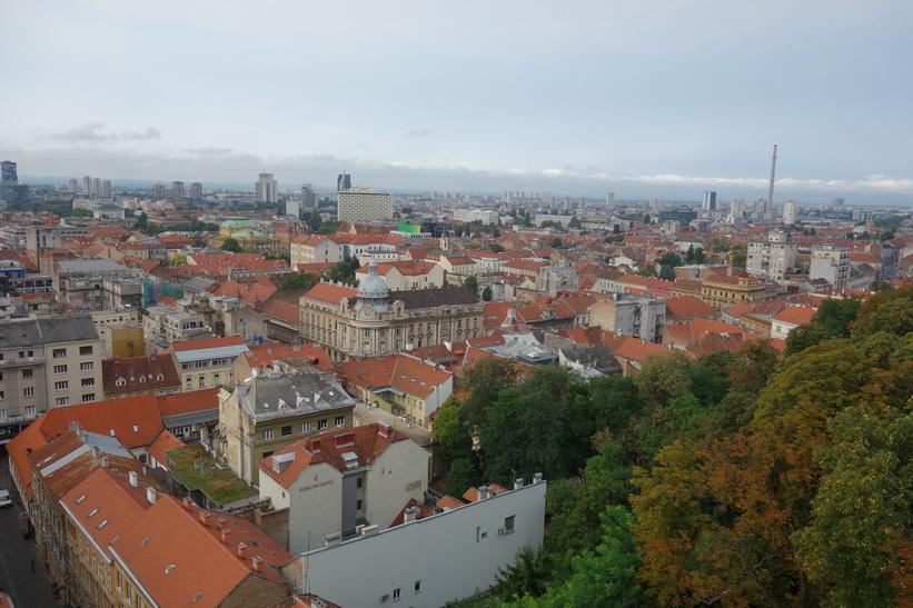 Utsikten över Zagreb från Lotrščaktornet.