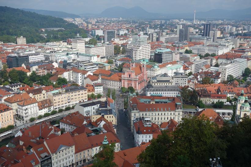 Utsikten över Ljubljana från slottets torn, Ljubljana Castle, Ljubljana.