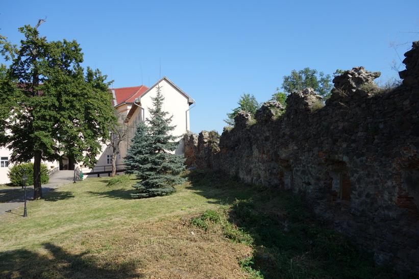 Del av slottet och slottsmuren, Uzhhorod Castle, Uzhhorod.
