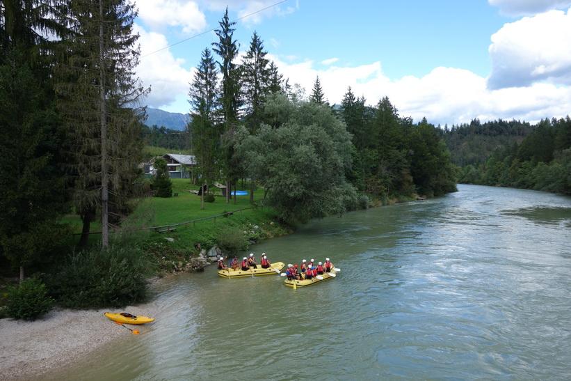 Rafting längs floden Sava, Radovlica.