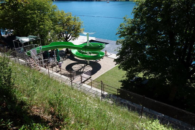 Vattenrutschbana vid Lake Bled, Bled.