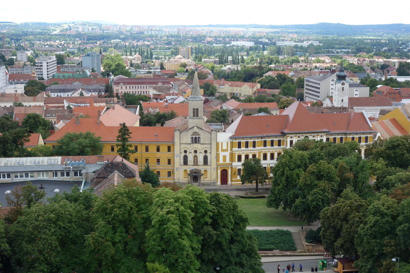 Utsikten från klocktornet, Basilica of St Peter, Pécs.