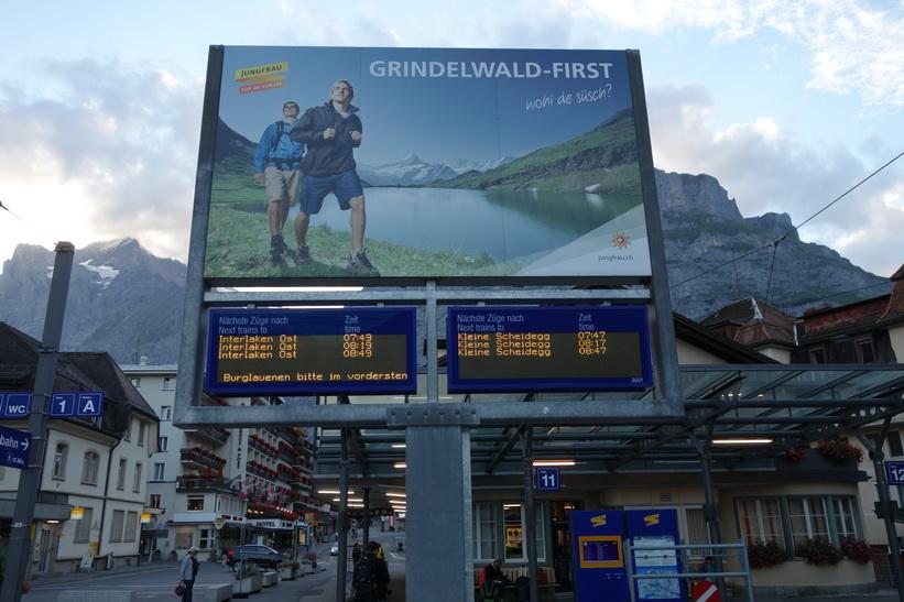 Jag tog 07.47-tåget från Grindelwald upp mot Kleinen Scheidegg.