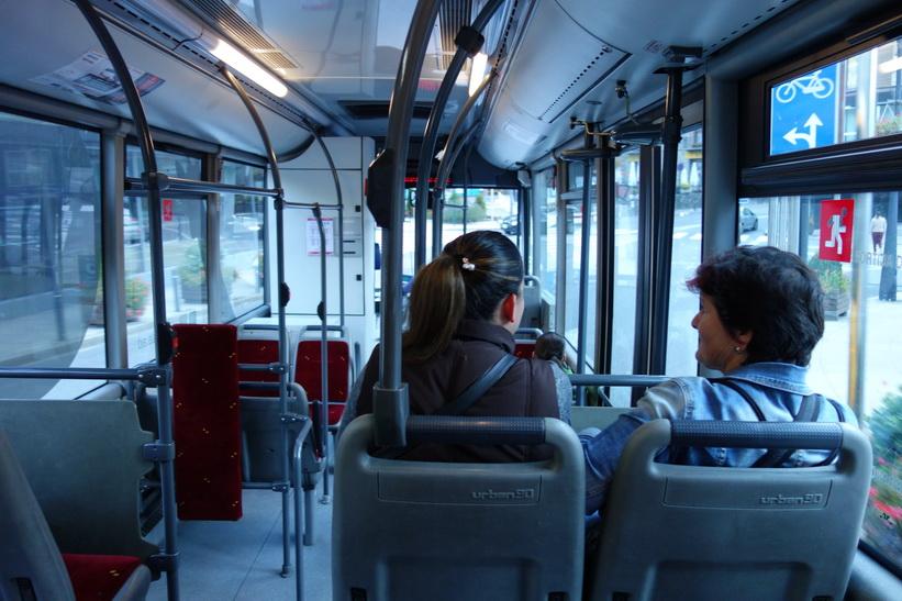 På buss L5 från Andorra la Vella till Arinsal.