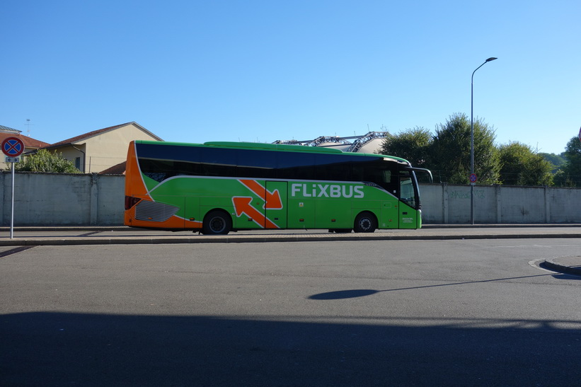 Det tyska bussbolaget Flixbus tog mig från Milano till Zürich på dryga fyra timmar.