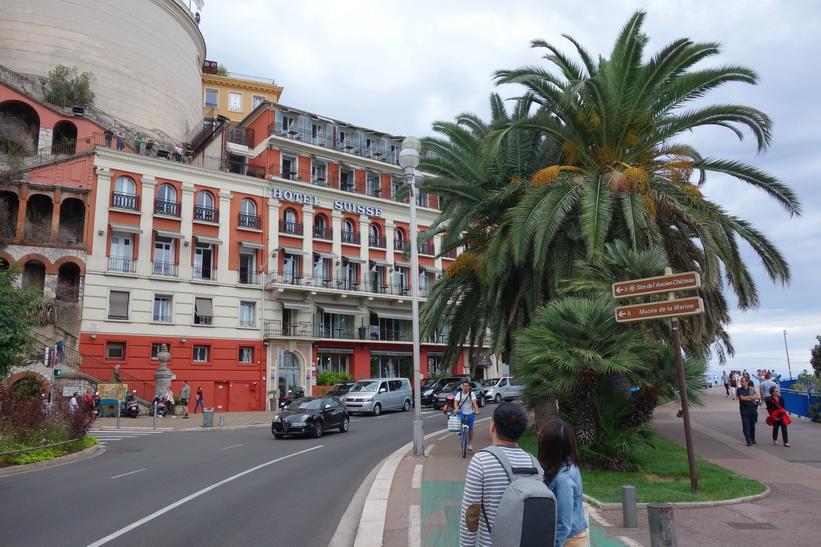 Hotel Suisse på gatan Quai des États-Unis, Nice.