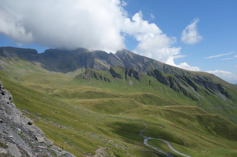 Vandringen från First upp mot Schwarzhorn (2928 m.ö.h.).