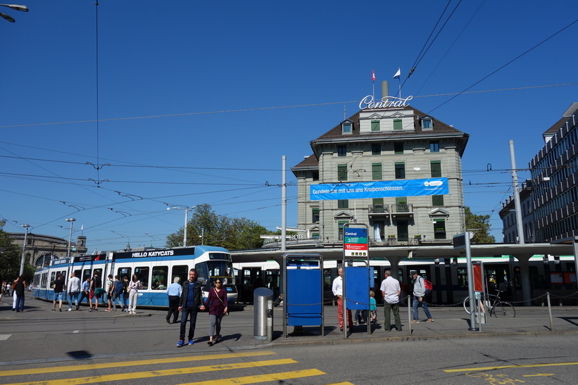 Station Central, Zürich.