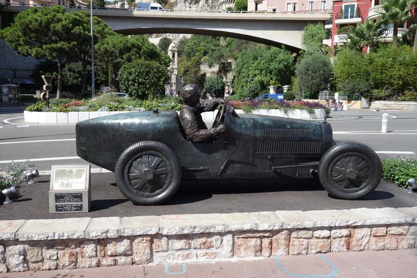 Vinnaren William Grover-Williams i sin Bugatti i Monacos första Grand Prix den 14 april 1929, Monaco.