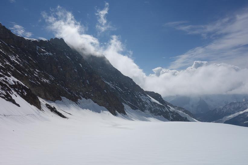 Utsikten från Mönchsjochhütte.