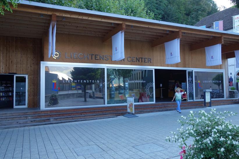 Lichtenstein center, turistinformationen i centrala Vaduz.