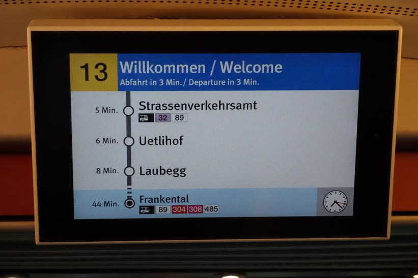 Informationen i spårvagnarna är fantastisk, Zürich.