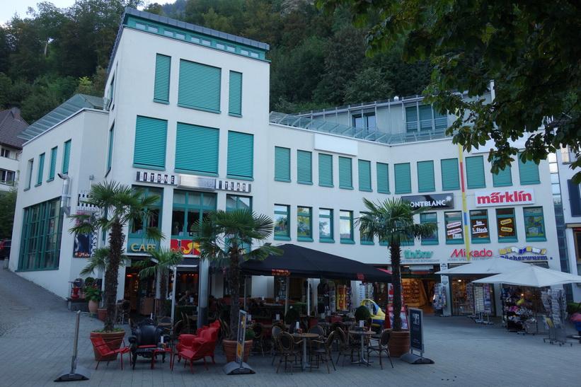 Gatuscen i centrala Vaduz.
