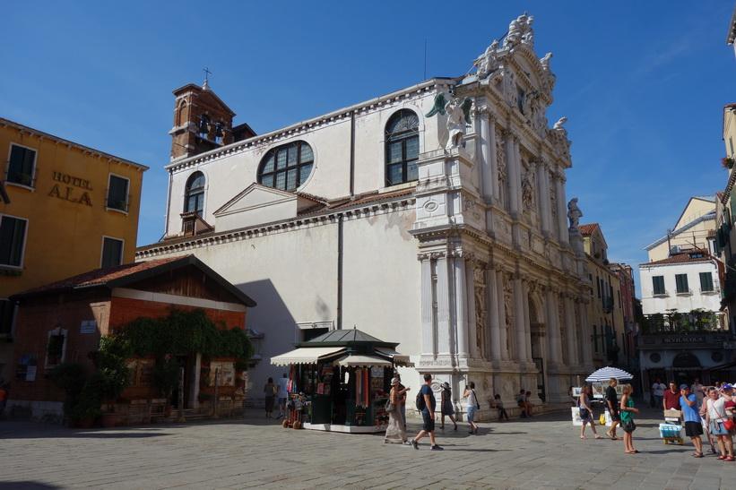 Den katolska kyrkan Santa Maria del Giglio, Venedig.