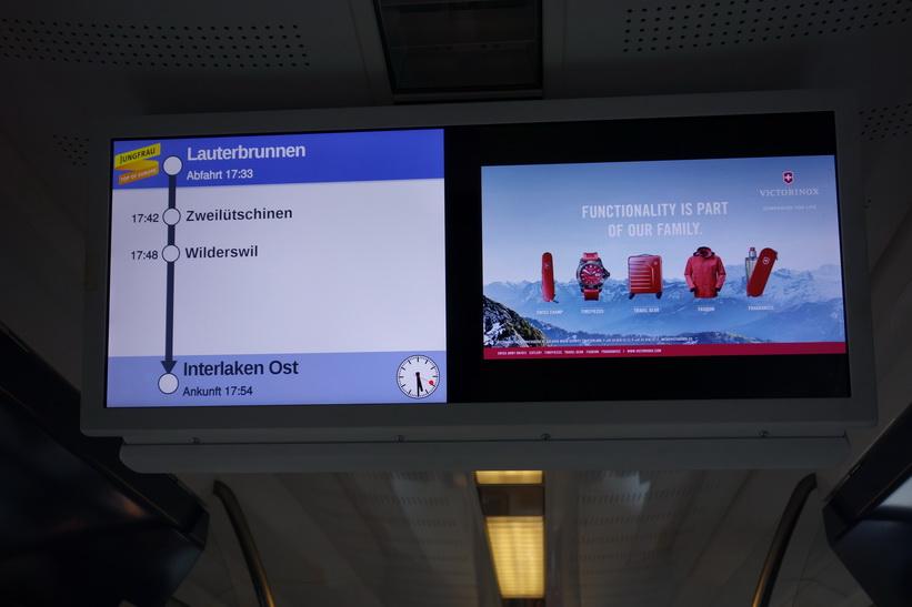På tåget mellan Lauterbrunnen och Zweilütschinen.