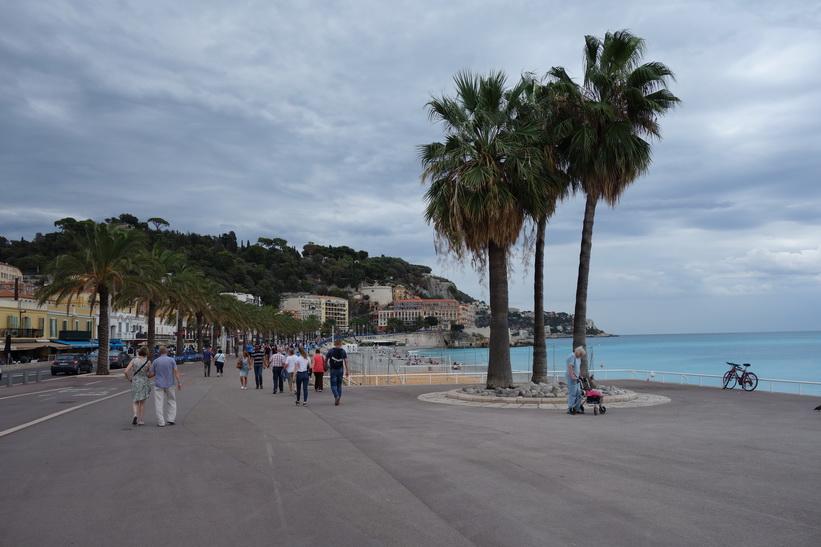 Strandpromenaden (Promenade des Anglais), Nice.